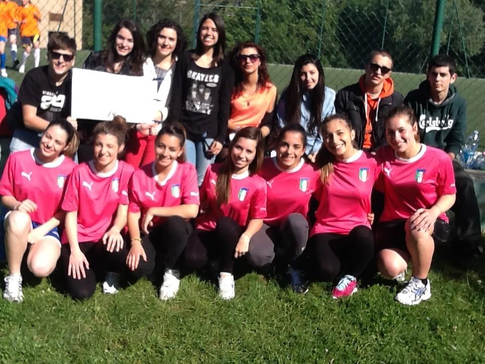 Classe 3F impegnata nel progetto SuperClasse Cup con la squadra femminile